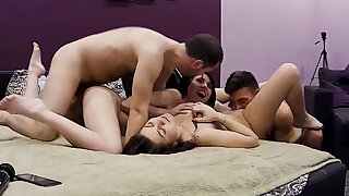 Real Sexy Amateur Swingers, Foursome Orgy Fun, Home Action
