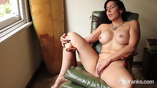 Yanks Jade Cumming