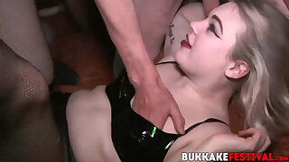Hot chicks Pixiee Little and Violet poked rock-hard at orgy