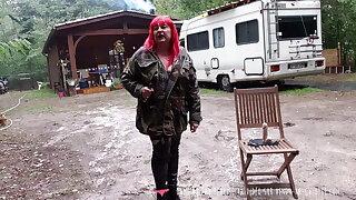 Vends-ta-culotte - French MILF Domina in Forest Battle Dress