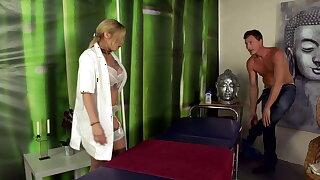 Die Massage geraet voellig ausser Kontrolle