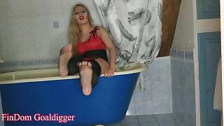 Worship Mistress Feet