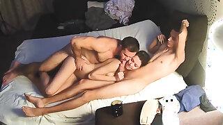 Bi Sex Muscle Man & Friends – Hard Homemade 3 way