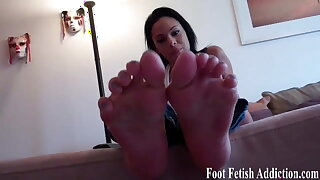 Suck my on cute little pink toes one by one