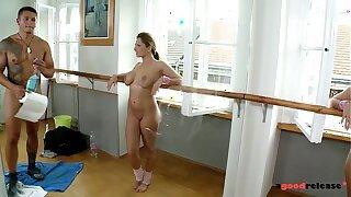 Phat titty Ballerina romped hardcore in Gym