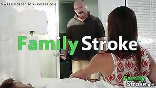Supportive Mommy Makes Son's Pleasure - FamilySTROKE.net HD Porno