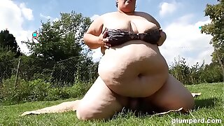 Morbidly Obese Czech BBW Face-sitting and Smothering