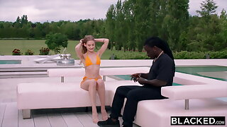 BLACKED Gorgeous model can't resist her photographer's BBC
